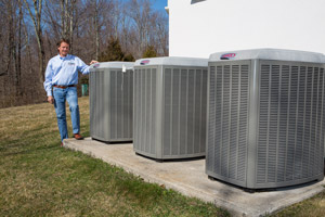 High-efficiency air conditioning with heat pumps